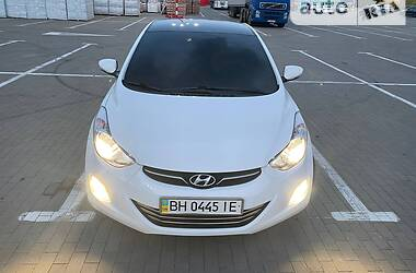 Седан Hyundai Elantra 2013 в Одессе