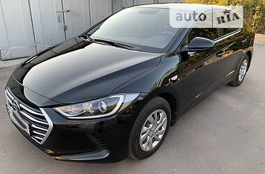 Седан Hyundai Elantra 2018 в Києві