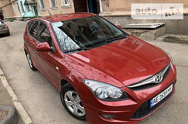 Hyundai i30 2010 в Кривом Роге