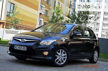 Hyundai i30 2012 в Ивано-Франковске