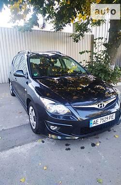 Универсал Hyundai i30 2010 в Днепре