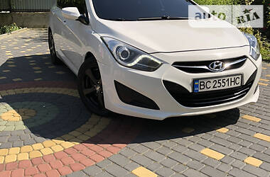 Седан Hyundai i40 2012 в Львове