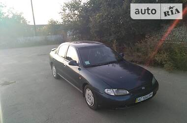 Hyundai Lantra 1996 в Ровно