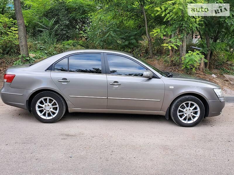 Hyundai Sonata 2009 в Каменском