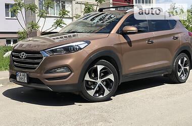 Позашляховик / Кросовер Hyundai Tucson 2015 в Умані
