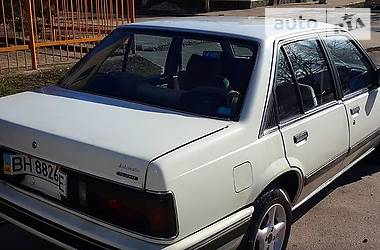 Isuzu Aska  1986