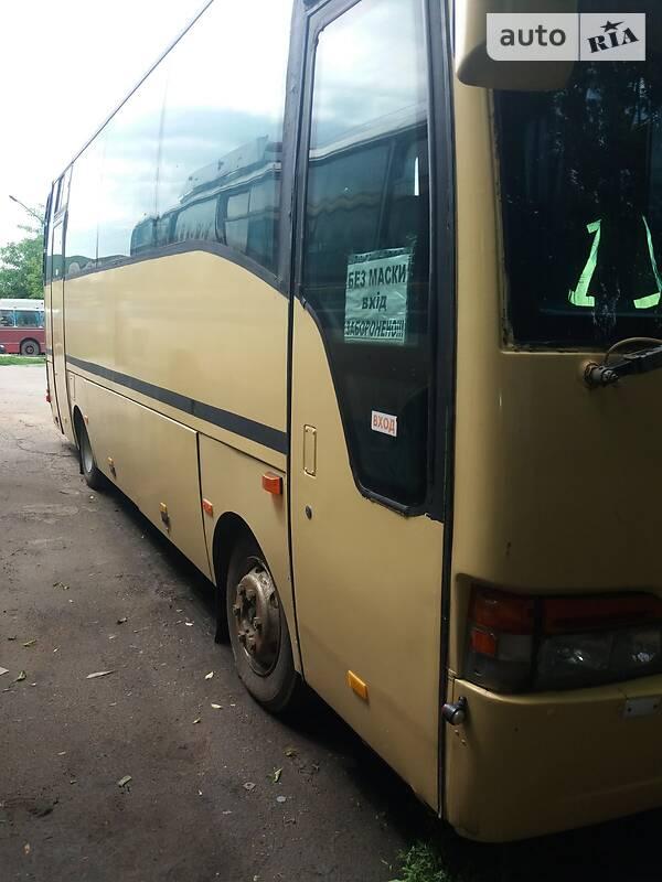 Туристический / Междугородний автобус Isuzu Turquoise 2002 в Александрие