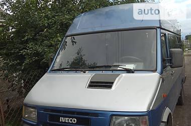 Мікроавтобус (від 10 до 22 пас.) Iveco Daily пасс. 2000 в Володимир-Волинському