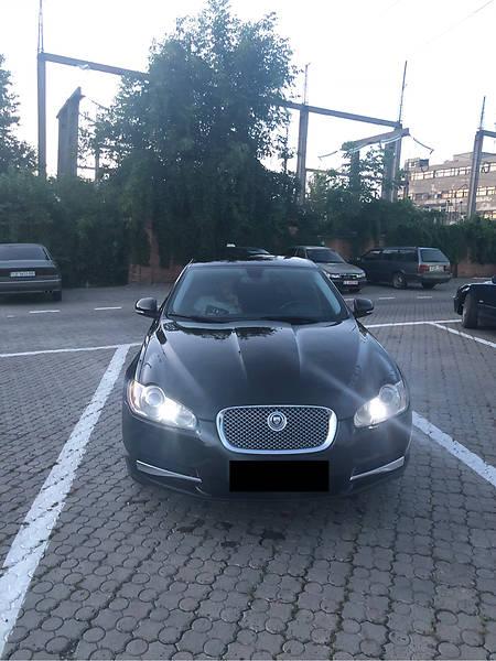 Jaguar XF 2009 года в Черновцах