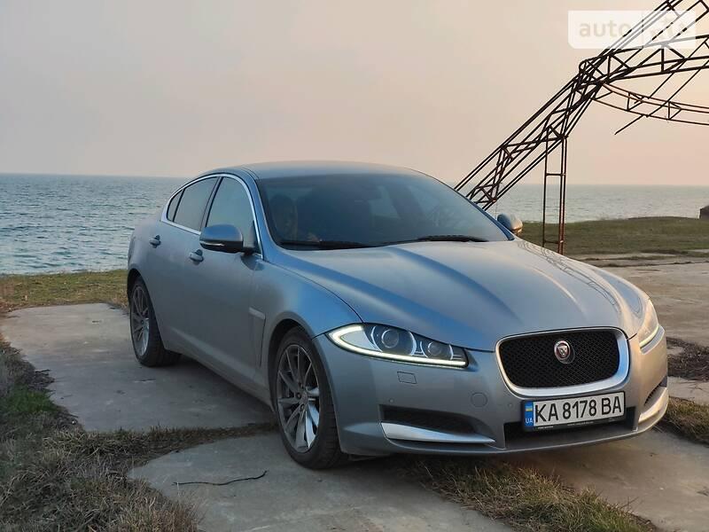 Седан Jaguar XF 2014 в Києві