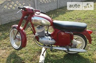 Jawa (ЯВА) 350 1989 в Чернівцях