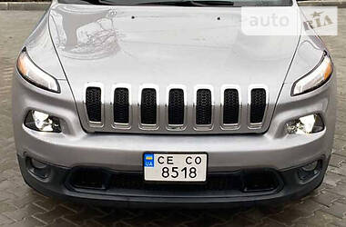 Внедорожник / Кроссовер Jeep Cherokee 2017 в Черновцах
