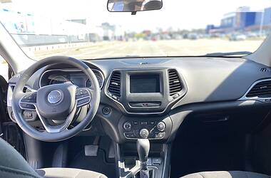 Унiверсал Jeep Cherokee 2019 в Києві