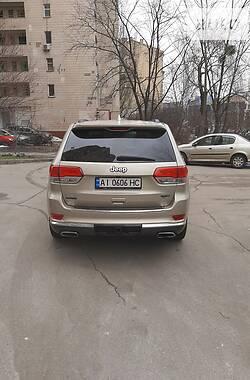 Позашляховик / Кросовер Jeep Grand Cherokee 2014 в Києві