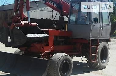 Экскаватор погрузчик Карпатец ПЭА-1.0 1995 в Ивано-Франковске