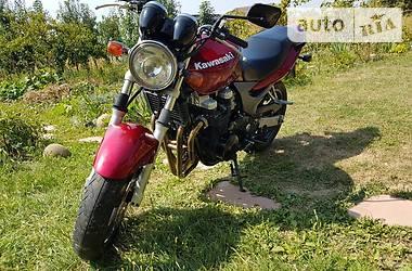 Kawasaki ZR  2000