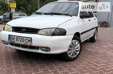 Седан Kia Avella 1997 в Ровно