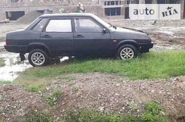 Lada 2111 1992 в Рахове