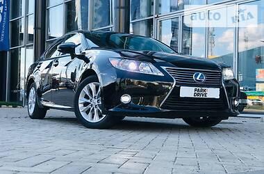 Седан Lexus ES 300 2015 в Харькове