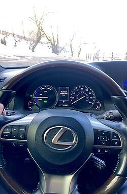 Lexus ES 300h 2016 в Новой Каховке