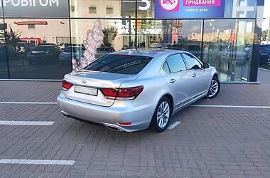 Седан Lexus LS 460 2014 в Киеве