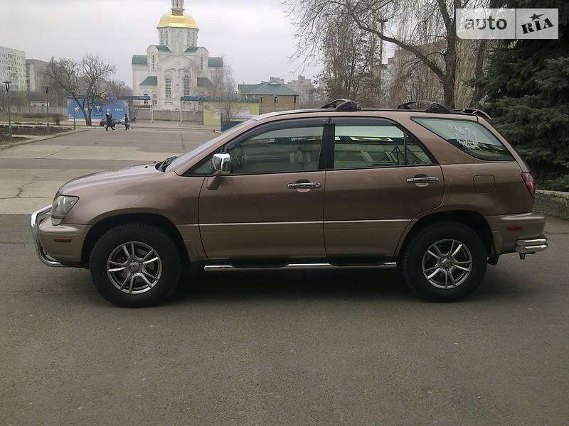 Lexus RX 300 2000 в Южноукраинске
