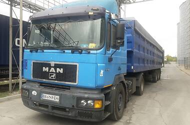 Зерновоз MAN 19.403 1997 в Кропивницькому