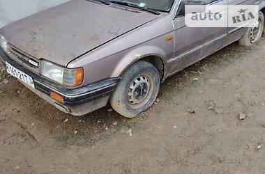 Седан Mazda 323 1986 в Бучаче