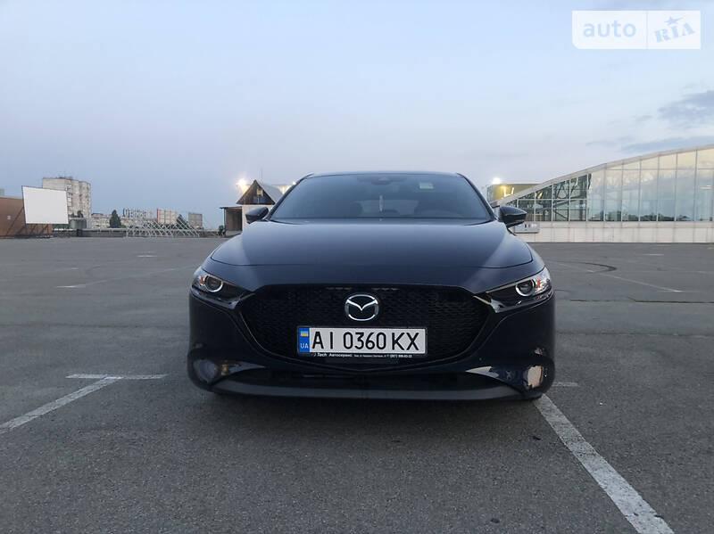 Хэтчбек Mazda 3 2019 в Киеве
