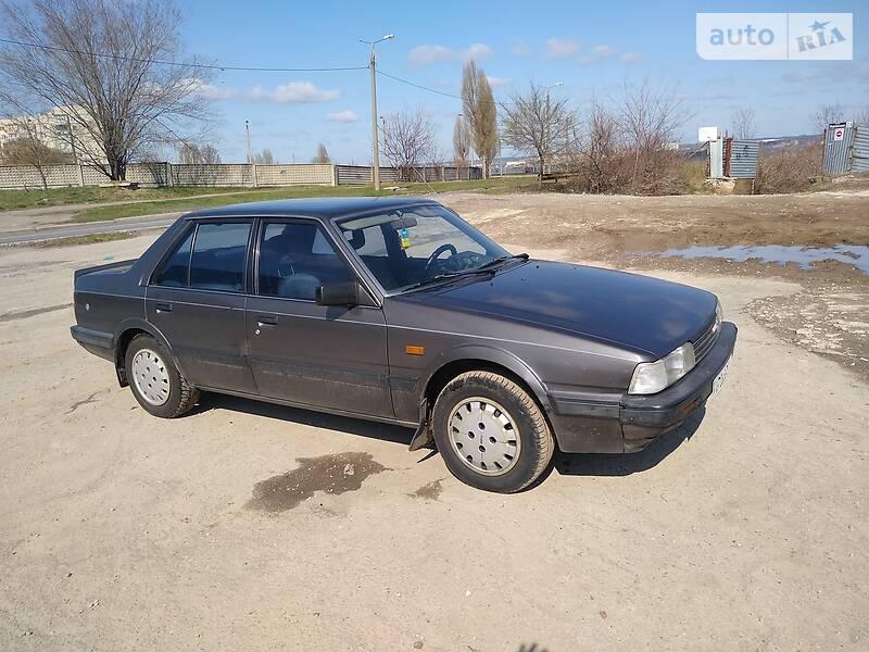 Седан Mazda 626 1987 в Запоріжжі
