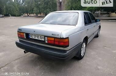 Седан Mazda 929 1987 в Каменском