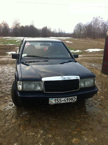 Mercedes-Benz 190 1984 року