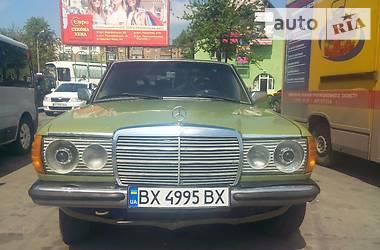 Mercedes-Benz 200 1984 в Городке