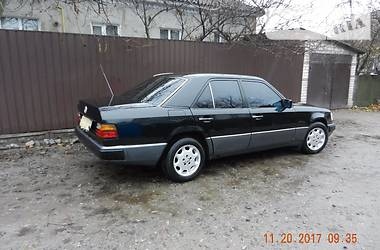 Mercedes-Benz 200 1990