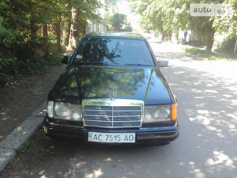Mercedes-Benz 200 1986 в Ивано-Франковске
