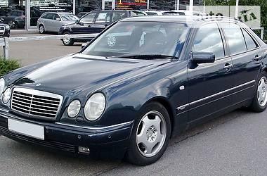 Mercedes-Benz 200 2000 в Чернигове