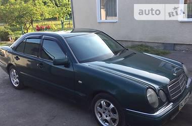 Mercedes-Benz 210 1998 в Львове