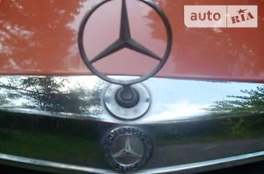 Mercedes-Benz 220 1978