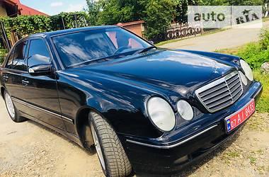 Mercedes-Benz 220 2001 в Иршаве
