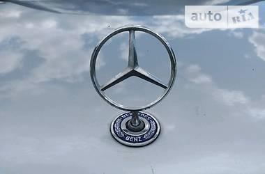 Mercedes-Benz 220 1998 в Тячеві