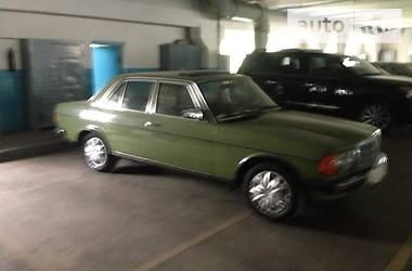 Mercedes-Benz 250  1977