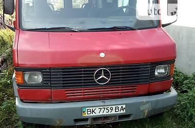 Mercedes-Benz 508 пасс. 1995 в Дубровице