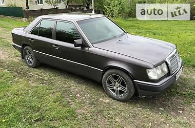 Седан Mercedes-Benz A 200 1993 в Зборове