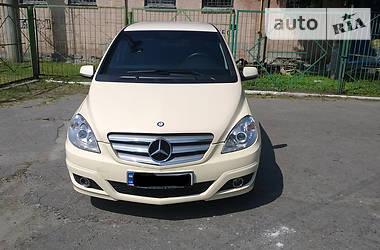 Mercedes-Benz B 180 2011