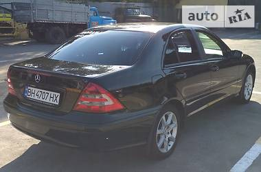 Mercedes-Benz C 180 2005