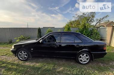 Mercedes-Benz C 180 1999 в Ужгороде