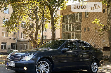 Седан Mercedes-Benz C 180 2001 в Одессе