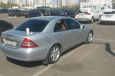 Mercedes-Benz C 240 2004 в Києві