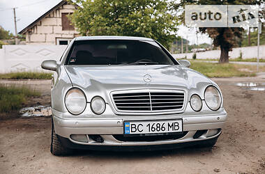 Купе Mercedes-Benz CLK 320 1999 в Самборе