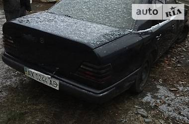 Mercedes-Benz E 200 1988 в Летичеве